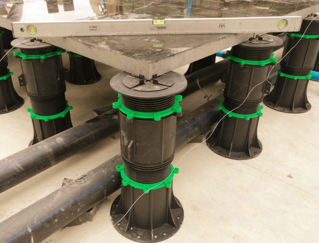 adjustable pedestals and pavers